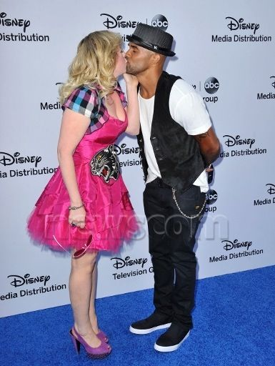 Who is Kirsten Vangsness dating? Kirsten Vangsness ...