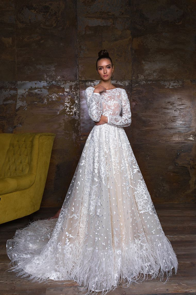 scoop long sleeves a line lace wedding dresses with sash court