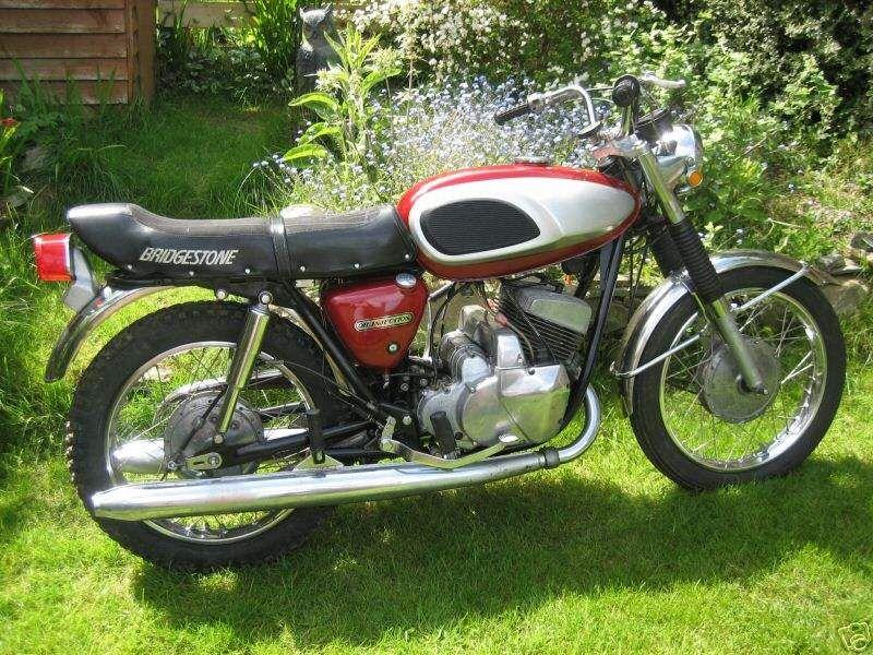 1969 350 Bridgestone My Second Motorcycle After A Honda 50 Cc Not Many People Remember These Bridgestone Classic Bikes Cool Motorcycles