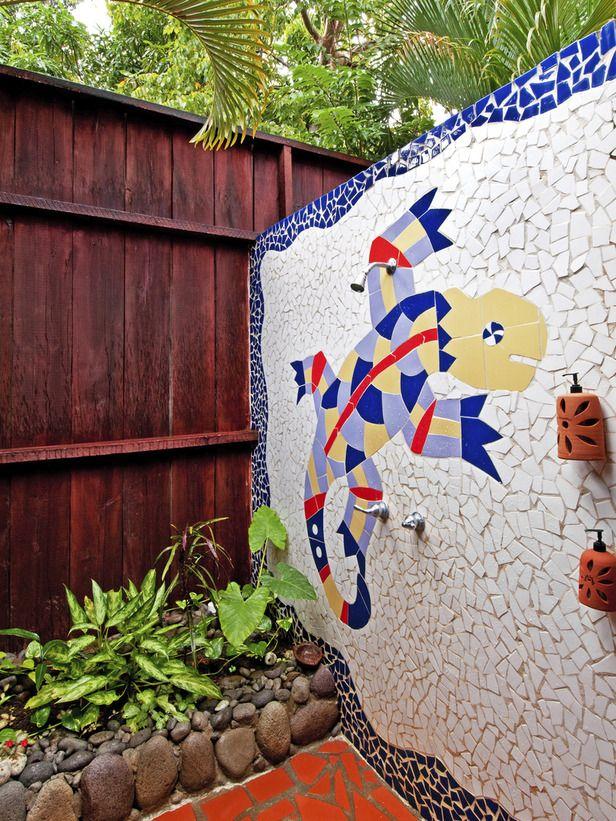 kid friendly outdoor showers outdoor space pinterest ext rieur decoration et mosaique. Black Bedroom Furniture Sets. Home Design Ideas