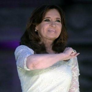Cristina mi amor https://t.co/bS6CRLNCf4 https://t.co/RoIkMS8whS #siguemeytesigo