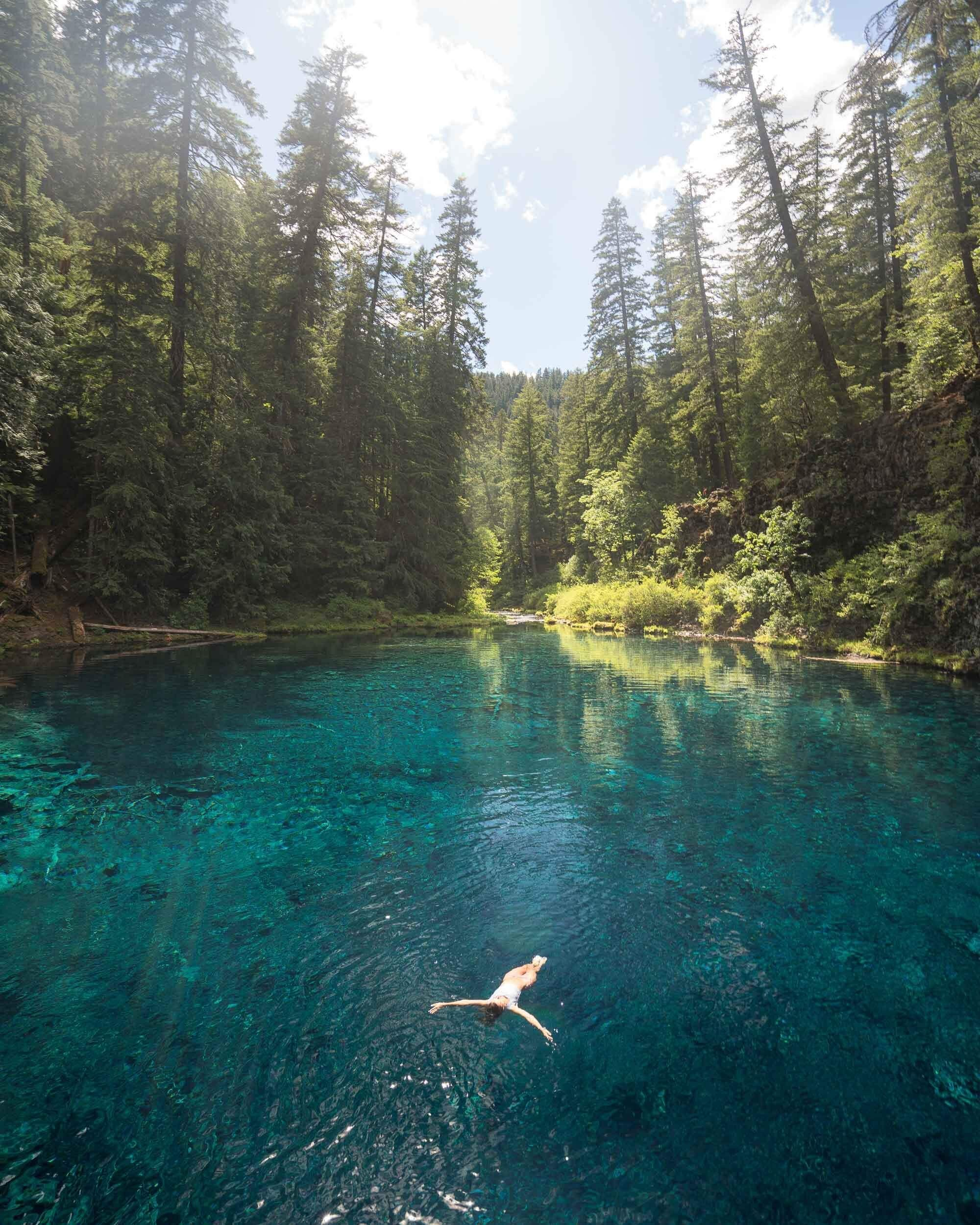 Don't miss these beautiful destinations in Oregon! #PNW #Oregon