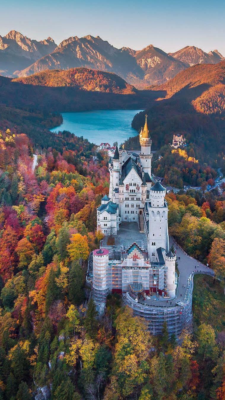 Nature Castle Iphone Wallpaper Neuschwanstein Castle Germany Castles Beautiful Castles