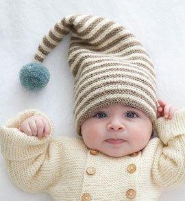 Gebreide babymuts met pompon.   Tricot et crochet   Knitting, Baby ... fea9e6cac0e