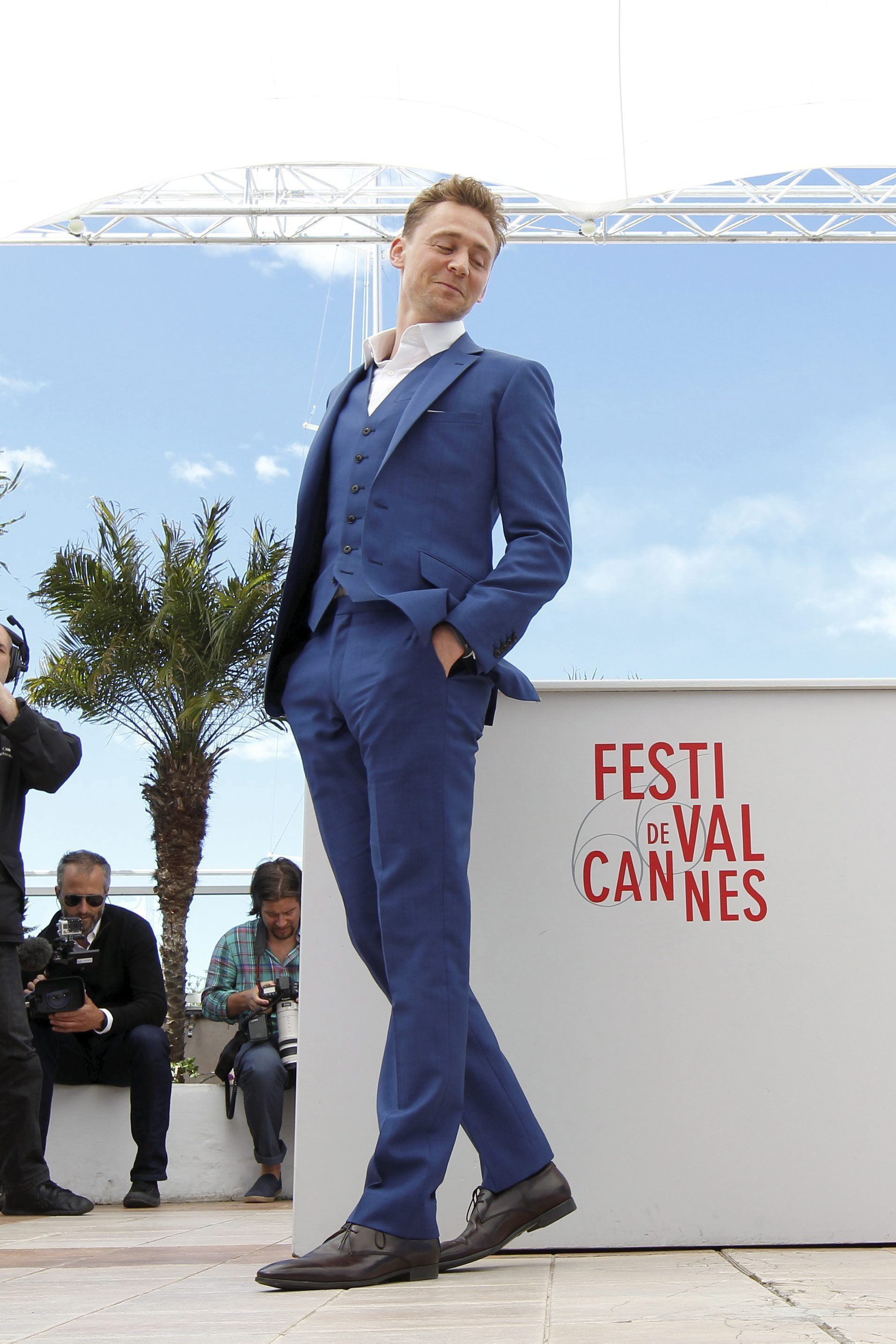 Tom Hiddleston attends the photocall for 'Only Lovers Left Alive' at the 66th Annual Cannes Film Festival at the Palais des Festivals on May 25, 2013 in Cannes, France [HQ]