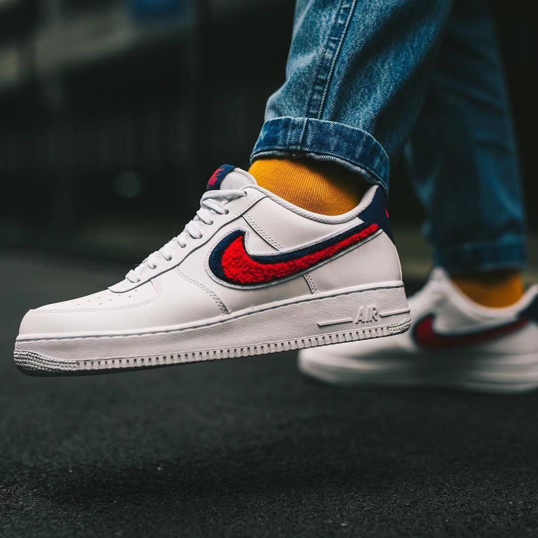 online store 45b40 981fc Nike Air Force 1 07 LV8