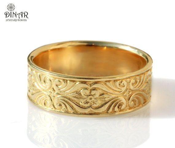 18k Engraved Art Deco Man Ring Vintage Style Wedding Band Etsy Gold Wedding Band Sets Mens Gold Wedding Band 14k Gold Wedding Band