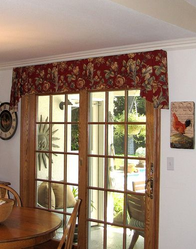 A Warm And Charming Home Cozy Home Valance Window