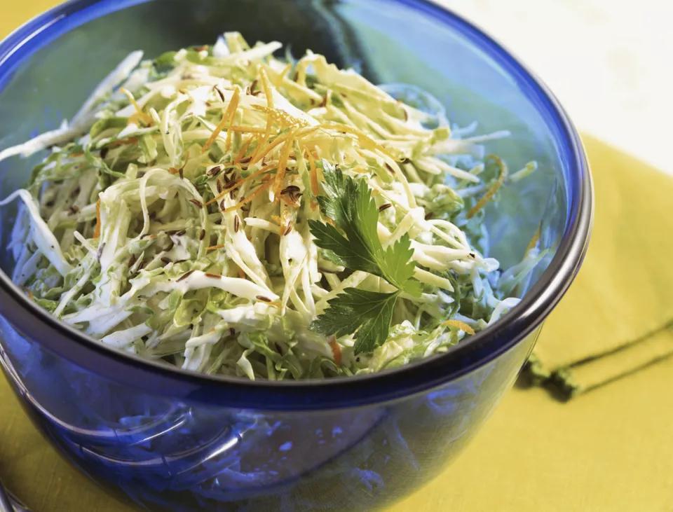 Raw Vegan Curried Cabbage Salad Recipe Raw Cabbage Recipe Raw Vegan Recipes Easy Raw Vegan