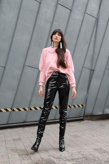 ba9c24fd76d9e3 Superb high waisted Patent Leather Pants and matching Boots for a sexy Style