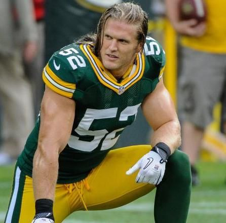 Such Heroics Combined With His Trademark Sack Celebration And The Distinguishing Long Blond Hair That Flows Out Of His He Clay Matthews Matthews Josh Donaldson