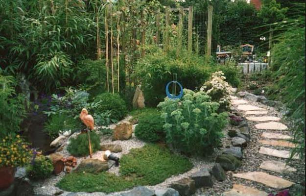 Beautiful Garden Design, Optical Illusions Balancing Yard Landscaping Ideas #backyardremodel