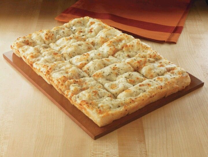 Cici S Cheesy Bread I Love It And I Want To Now How To Make It Flavored Tea Recipes Copycat Recipes Desserts Food