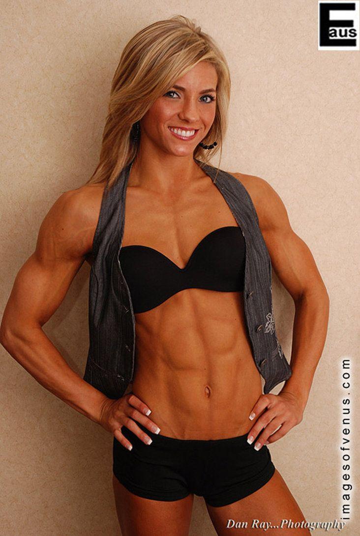 Muscle girl gym-3812