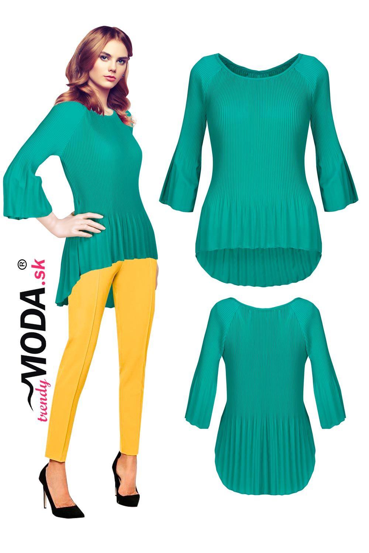 fd6dca81a79e Elegantná zelená plisovaná dámska blúzka v trendy strihu. Blúzka je ušitá z  príjemného padavého materiálu