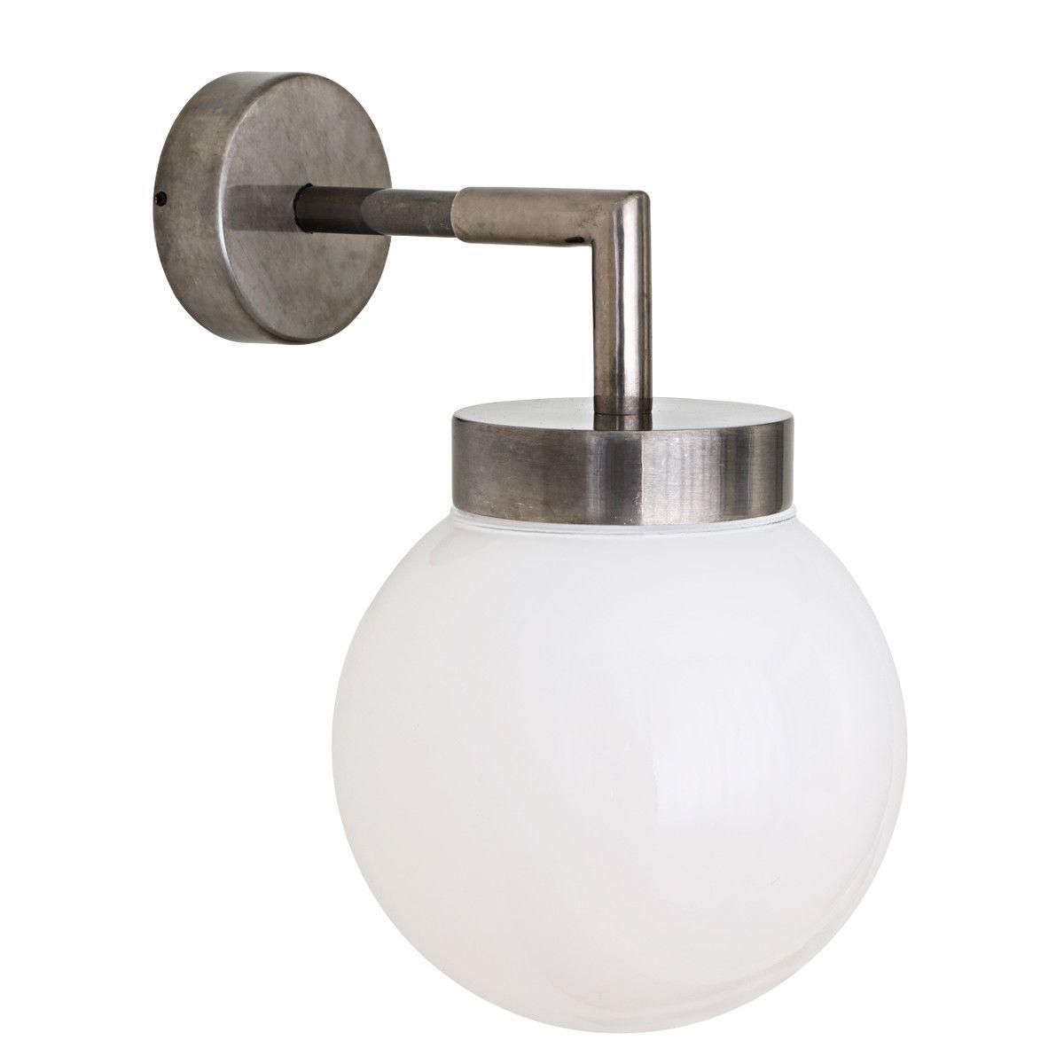 Kleine Kugel Wandlampe Dank Ip65 Auch Furs Bad O 15 Cm Von Aire