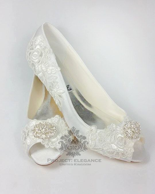 Your Place To Buy And Sell All Things Handmade Vintage Wedding Shoes Low Heel Wedding Shoes Heels Ivory Wedding Shoes Low Heel