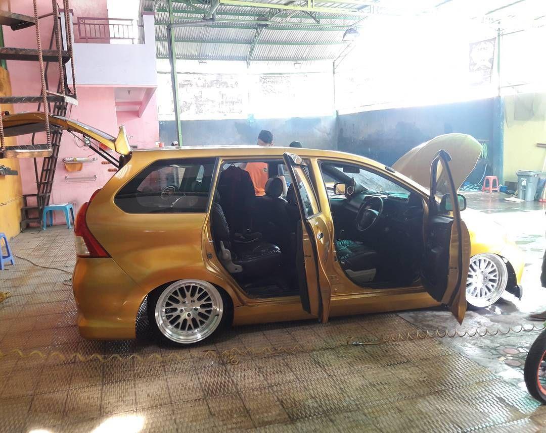 Modifikasi Mobil Avanza Warna Gold Modifikasi Mobil Mobil Kendaraan