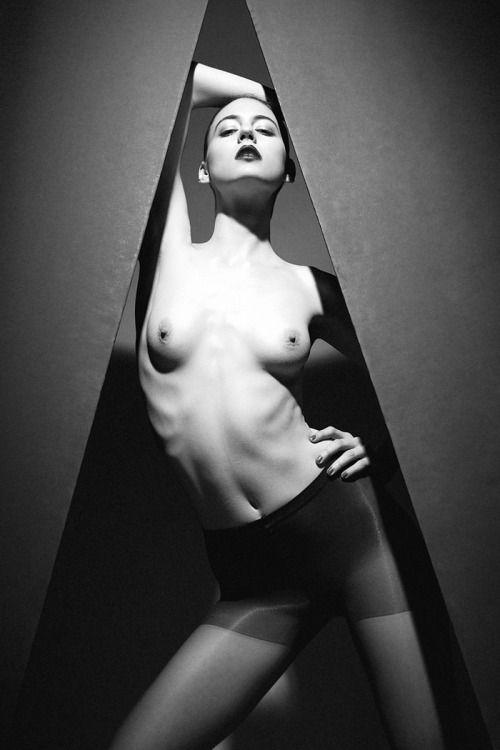 skin-alanna-gilbert-nude