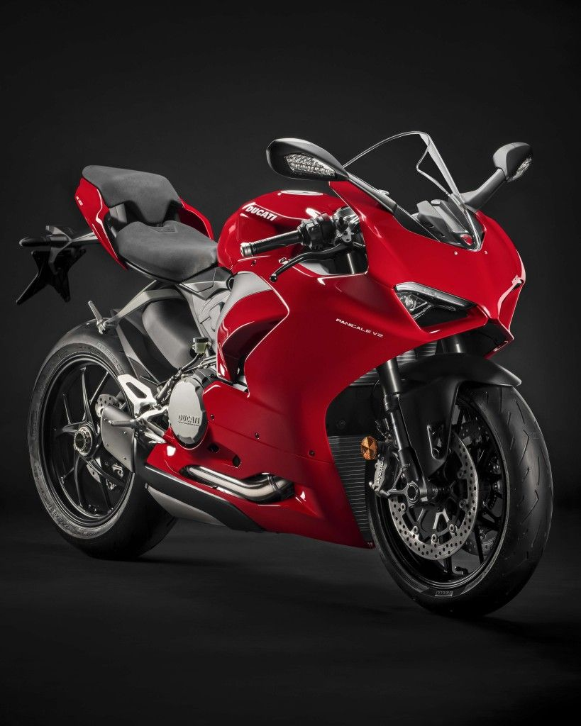 Pin by Sameer on DÛÇÅTÏ in 2020 Ducati panigale