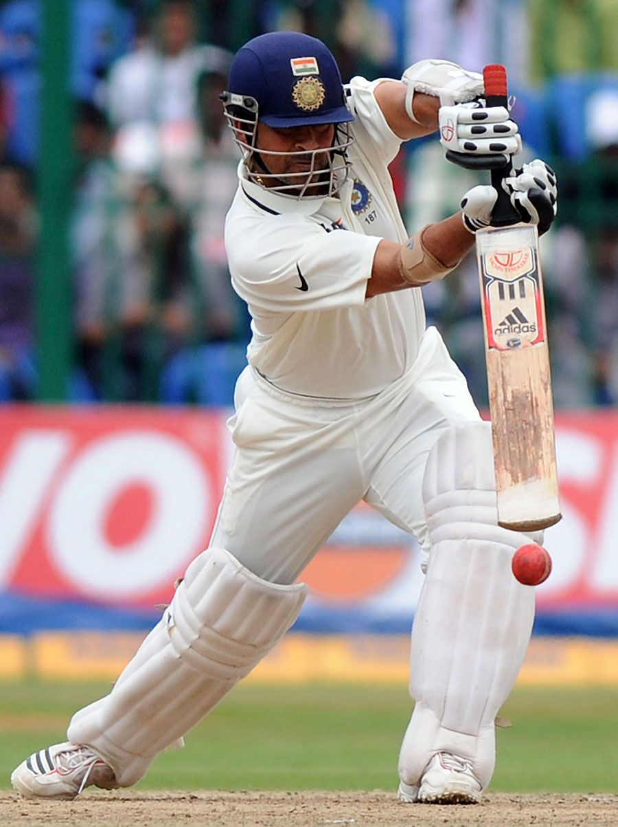 Sachin Tendulkar hit the winning runs for India, India v Australia, 2nd Test, Bangalore, 5th day, October 13, 2010 200th.in