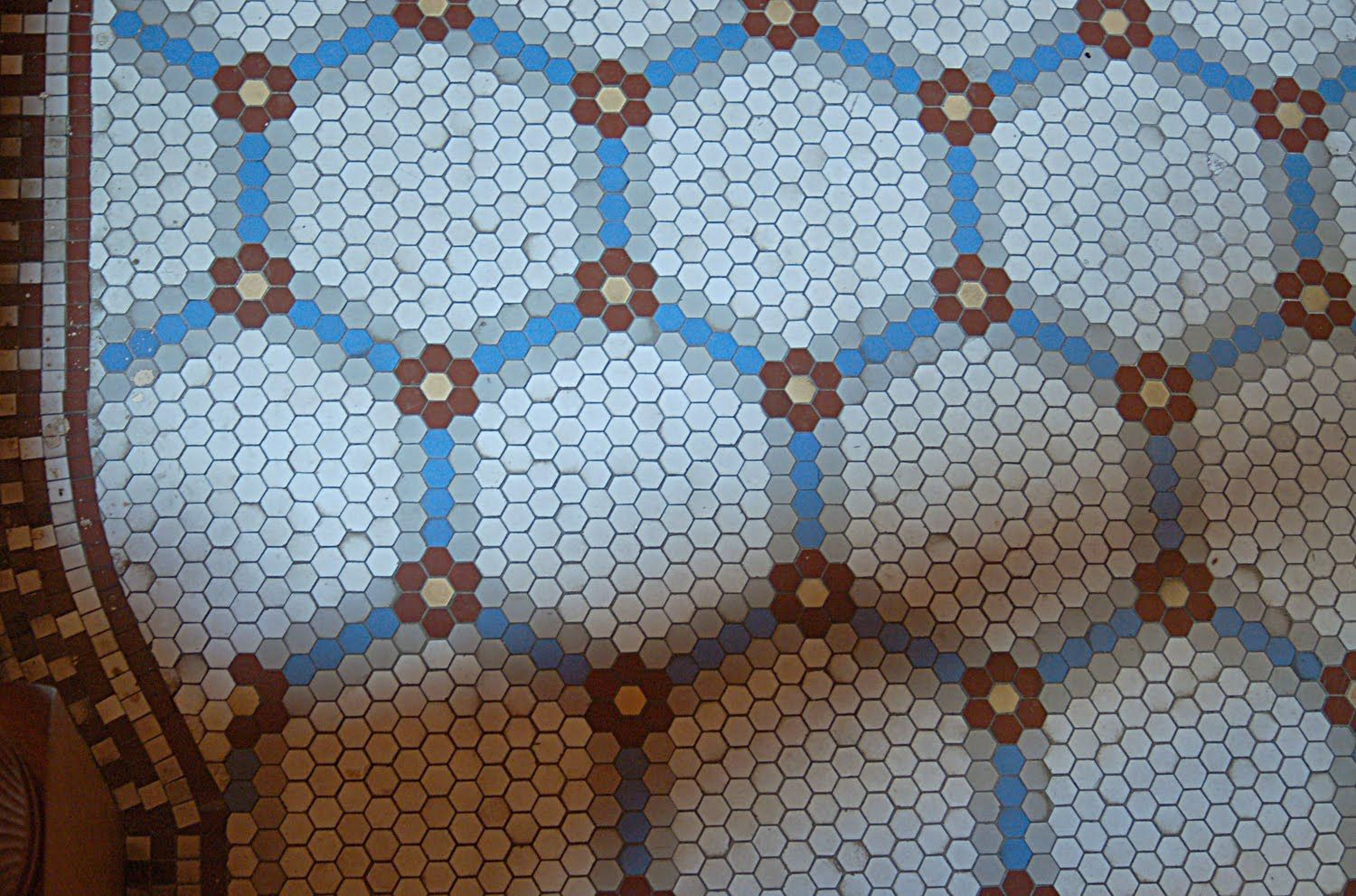 Disdressed hexagon obsession no better inspiration than floor design ideas elegant flooring design ideas for kitchen and bathroom areas with blue hexagon floor tile pattern dailygadgetfo Images