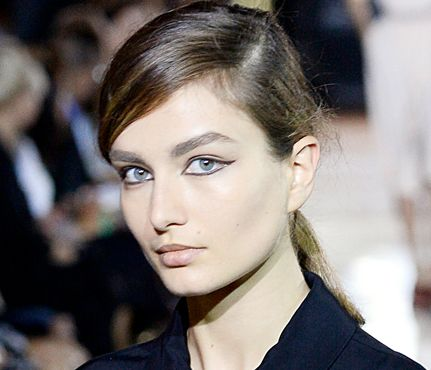 5 Runway-Inspired Winter Makeup Trends: Graphic Liner. The Trend: This graphic gray liner look from the spring Stella McCartney show is the cool-girl version of the classic cat eye. Lightly trace a soft gray pencil eyeliner along upper lid from inner corners outward, hugging the lash line and flicking out a quarter inch at outer corners. Finish by lining lower lids, connecting top and bottom lines at inner and outer corners. #SelfMagazine