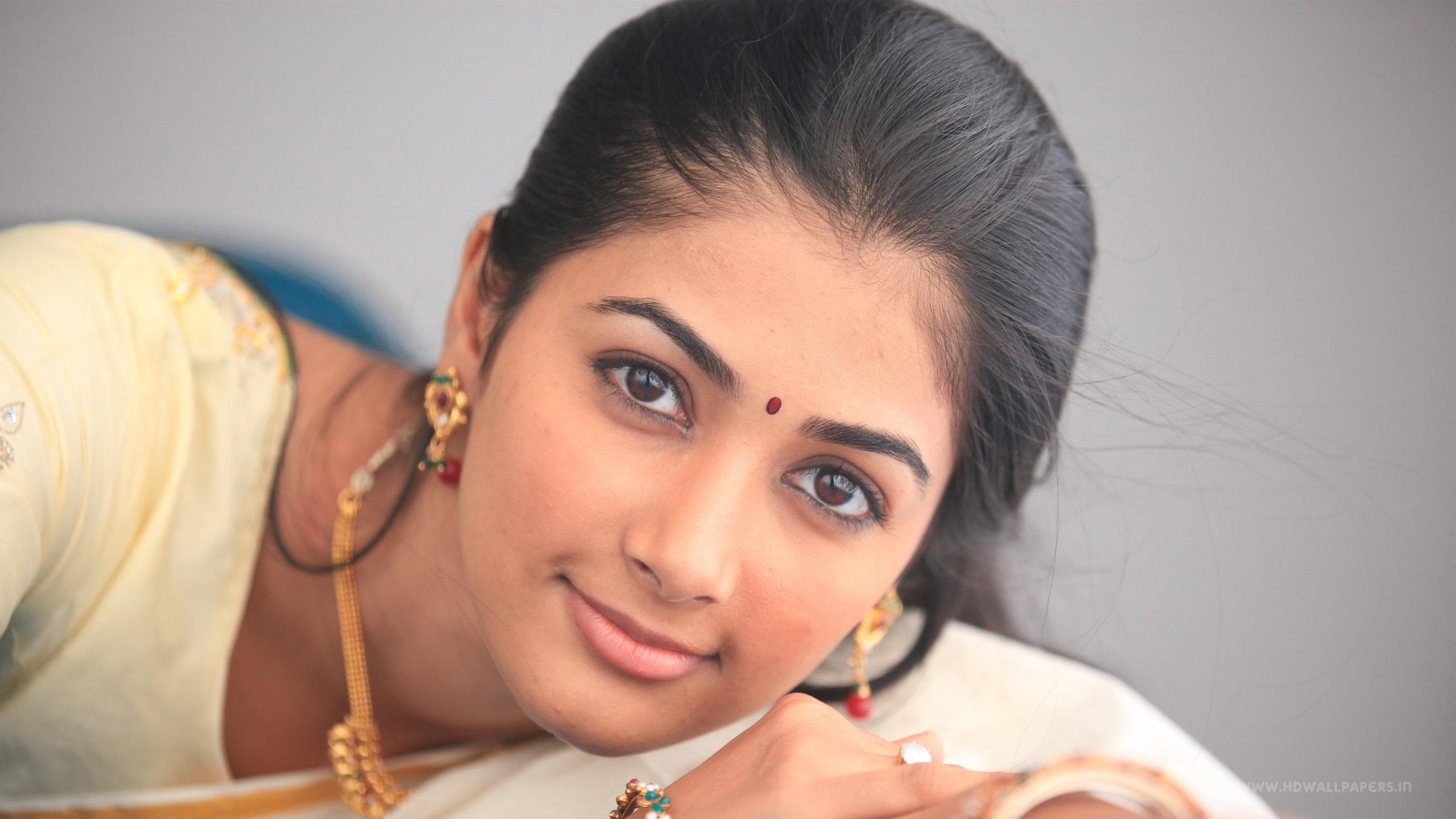 5k Pooja Hegde Indian Actress 5k Wallpaper Hdwallpaper Desktop Actress Wallpaper Actresses Actress Photos