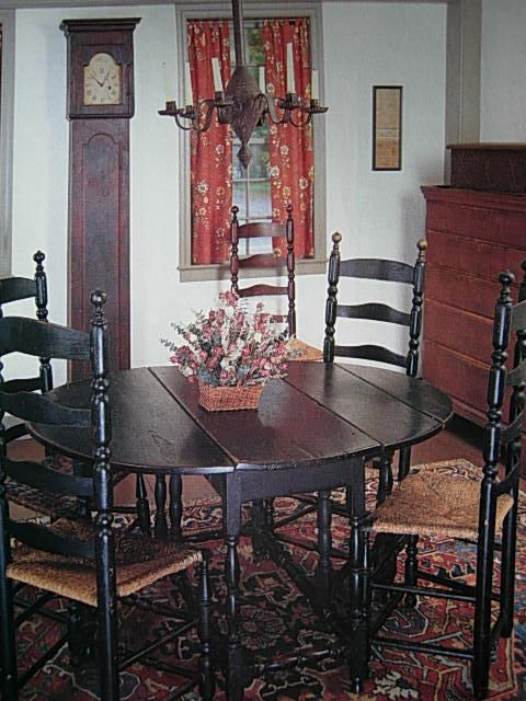 Definitely Want To Paint My Kitchen Table Colonial Dining Room Farmhouse Dining Rooms Decor Primitive Dining Rooms