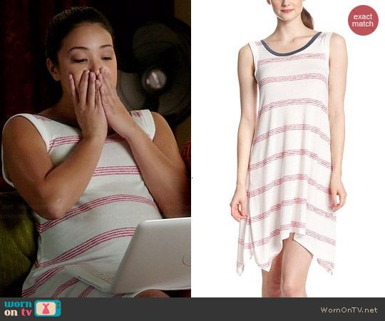 Jane's white dress with red stripes on Jane the Virgin.  Outfit Details: http://wornontv.net/45064/ #JanetheVirgin