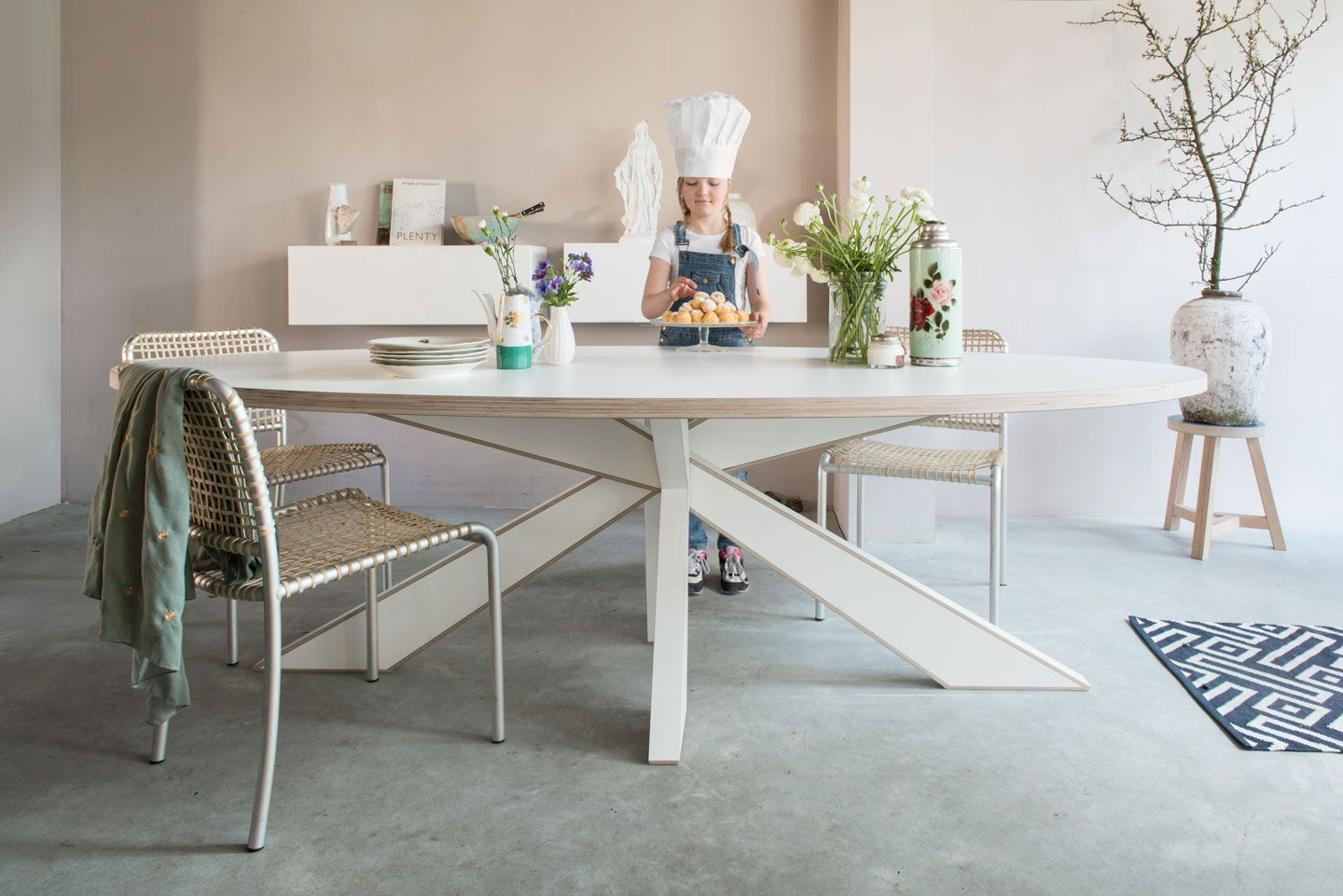 Design Witte Eettafel.Longlegs Cc In 2019 Eettafel Table Dining Table En Design