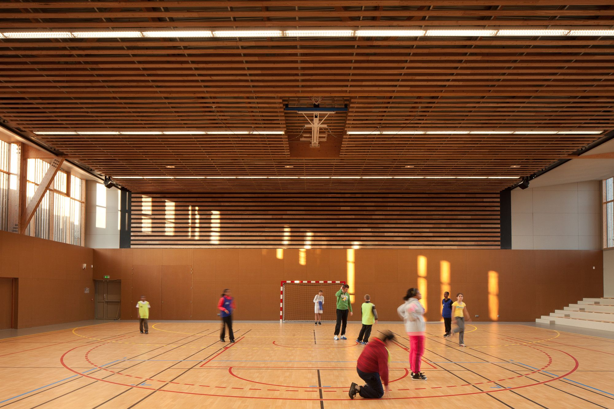 Gallery of Sports complex in ChâtenayMalabry / aEa