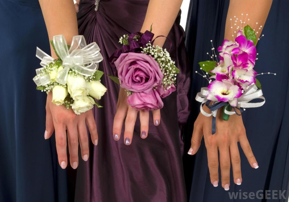 Wrist Corsages For Homecoming Teenage Boys Generally Give Their