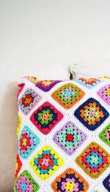 Via     No se hacer crochet, nada de nada, he hecho algún intento fallido, pero nunca me he puesto enserio, pero viendo las cosas que...