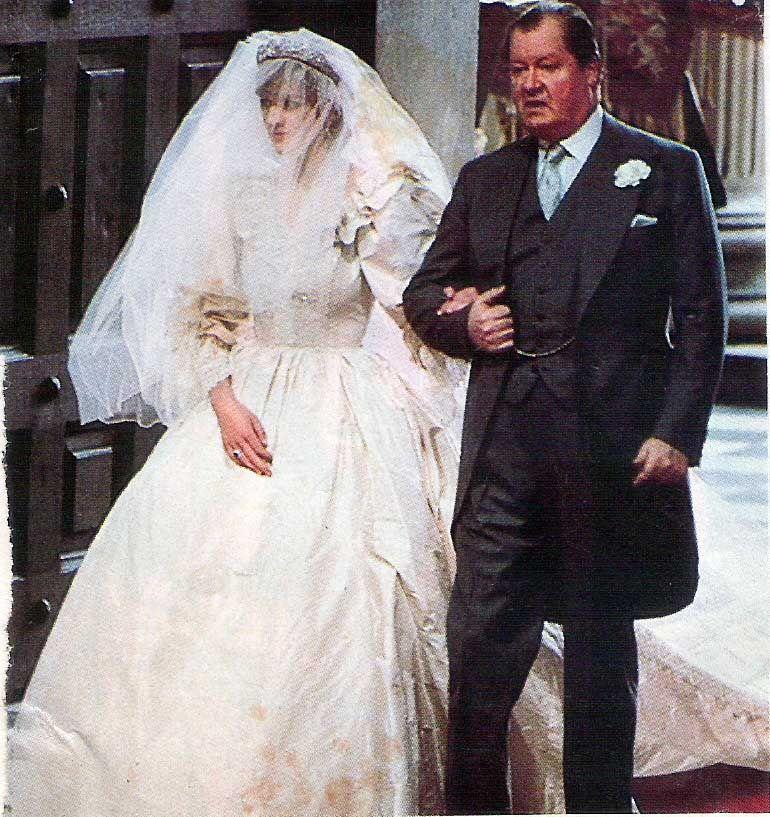 Pin by Princess Pink on Princess Diana Wedding Day | Pinterest ...