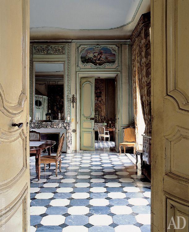 Resultado de imagen de floor Château de Barbentane