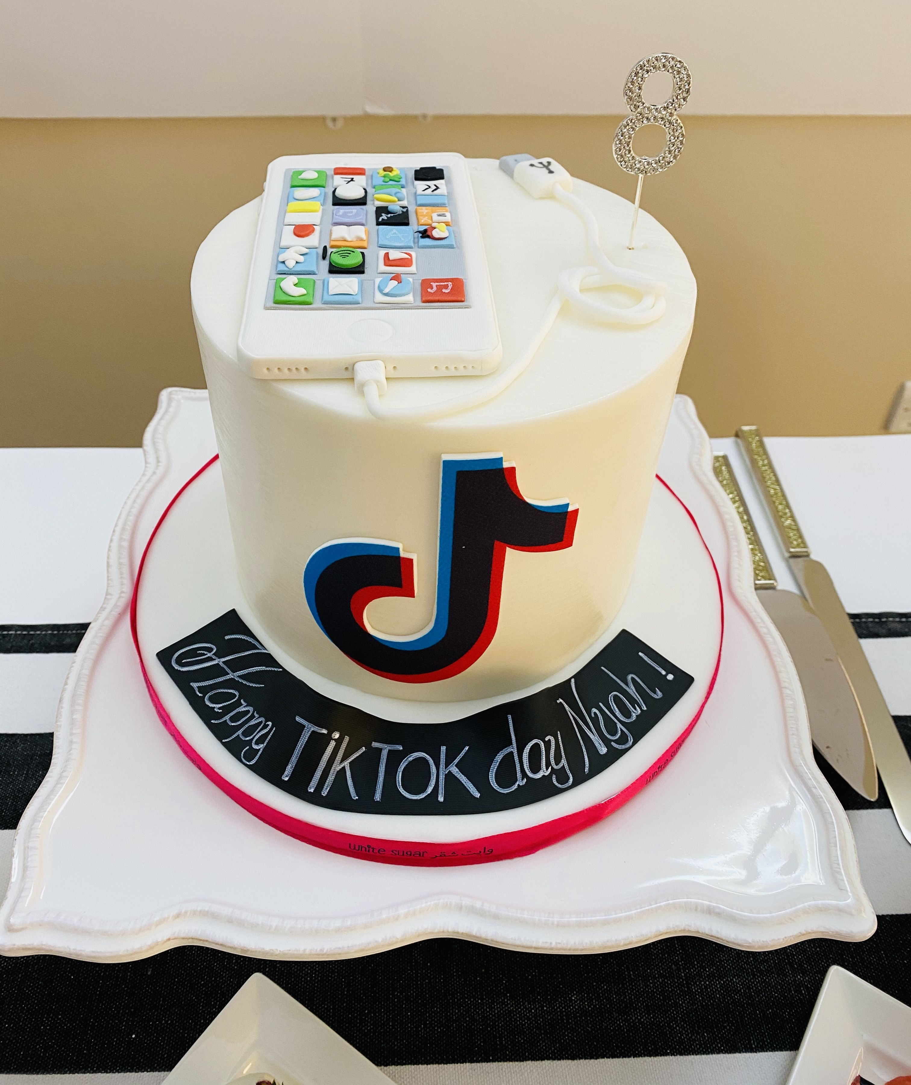 Tiktok Birthday Cake For An Eight Year Old Obsessed With The Iphone 12th Birthday Cake Happy Birthday Cake Pictures Cake