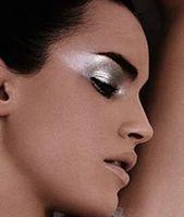 Photo of Eye Makeup Ideas: Silver Metallic Eyeshadow #EyeMakeupBronze