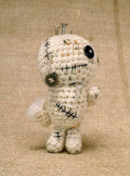Crochet Zombiebot Amigurumi (Free Pattern) | Pinterest | Häkeln ...