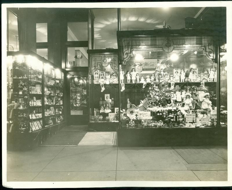 Storefront Photo Arnold's Fairyland Lots of Dolls Christmas Tree C1915