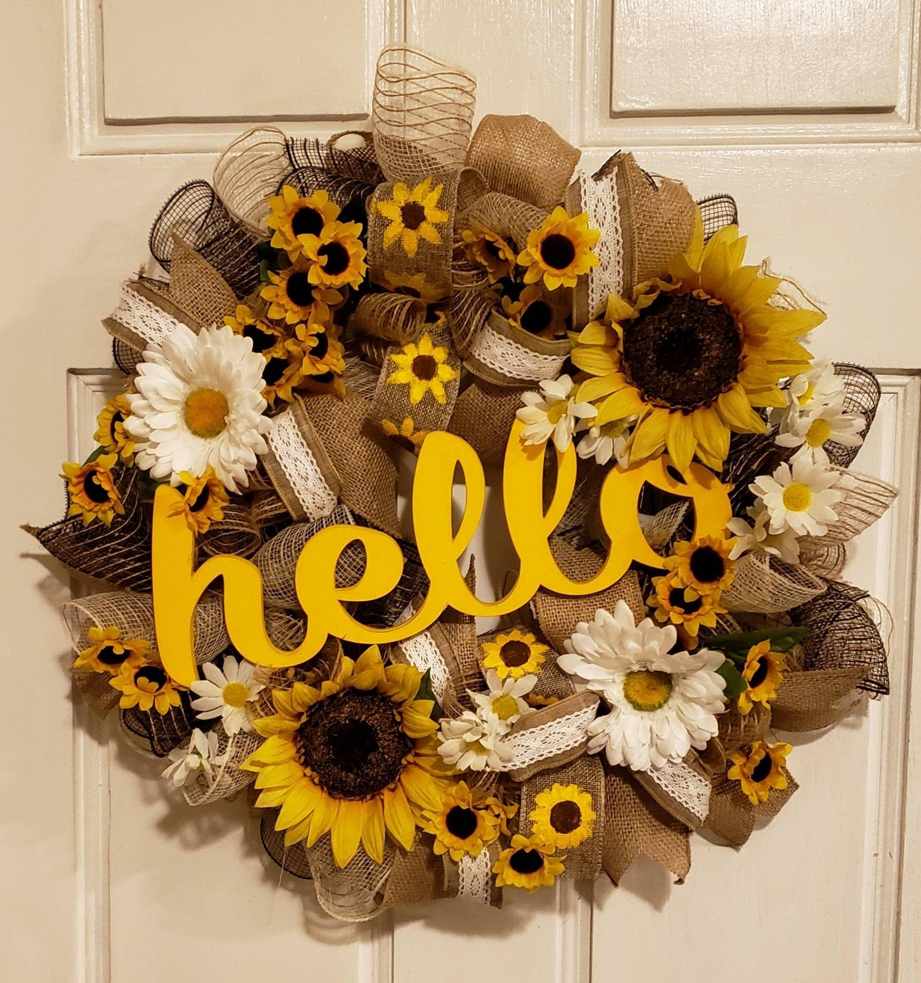 Photo of 22 inch Sunflower wreath