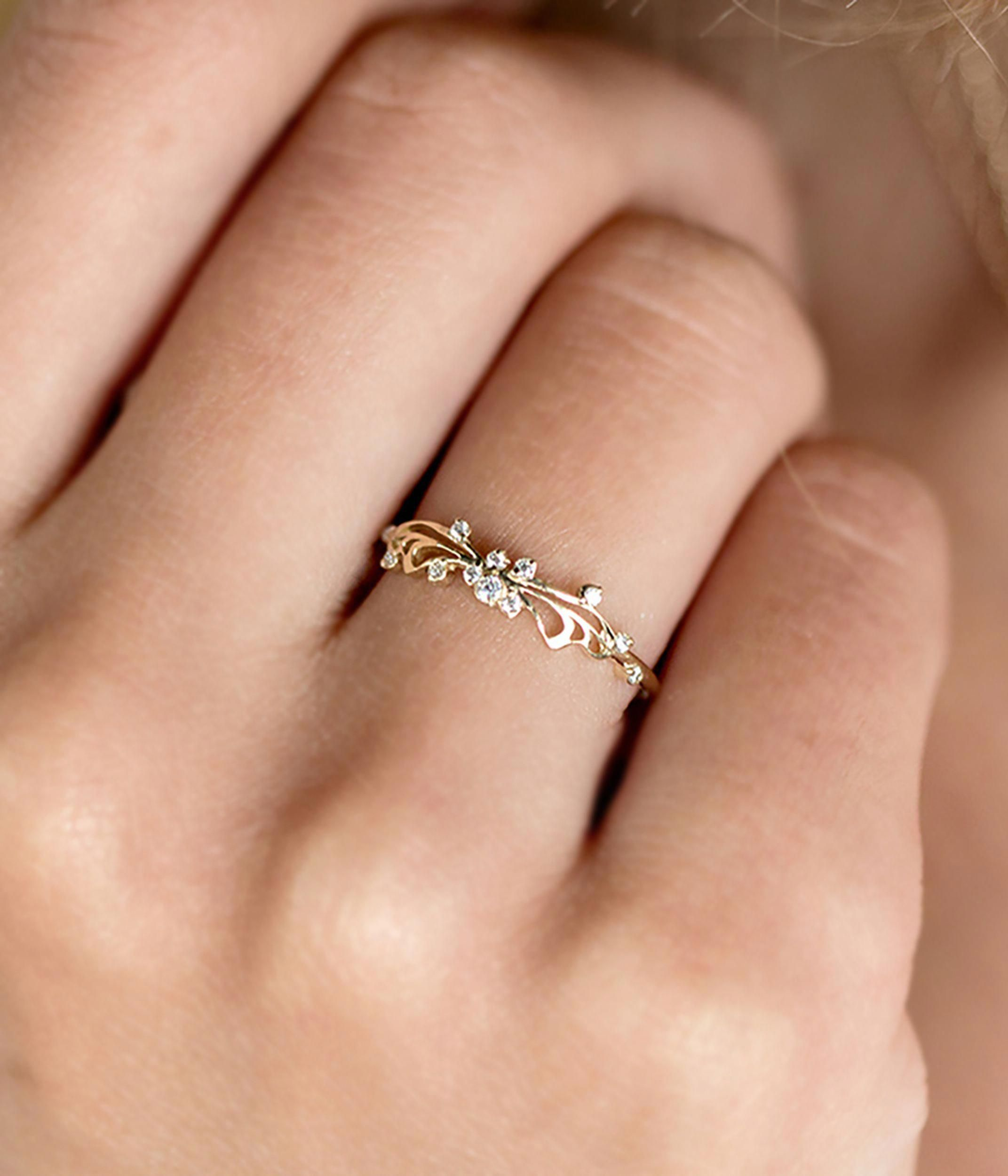 14K White Gold Flower Ring Art Deco Wedding Band