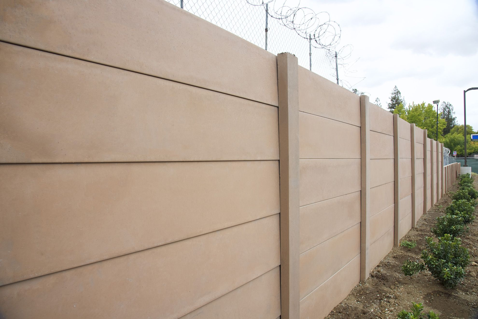 Smooth Stone Precast Concrete Fences Walls Precast Concrete
