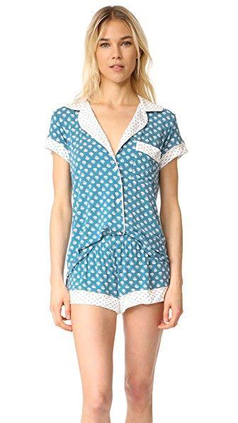 e1c9e5fc60 ¡Consigue este tipo de pijama básico de Eberjey ahora! Haz clic para ver los