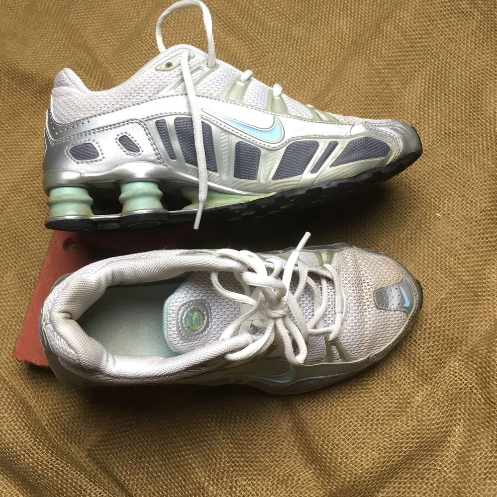 NIKE SHOX 312825-143 NZ White Gray Youth Unisex Size 6 Running Walking Shoes