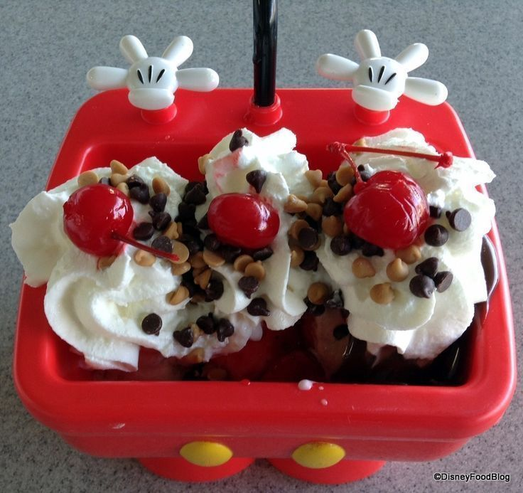 Mickey kitchen sink sundae doces dos parques pinterest walt mickey kitchen sink sundae workwithnaturefo