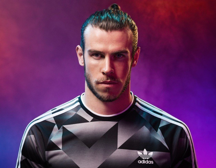 Snowboarding Gareth Bale Shirtless Gareth Bale Long Hair Gareth Bale Chilena Gareth Bale Haircut 2019 Ga In 2020 Gareth Bale Real Madrid Gareth Bale Gareth Bale 2014