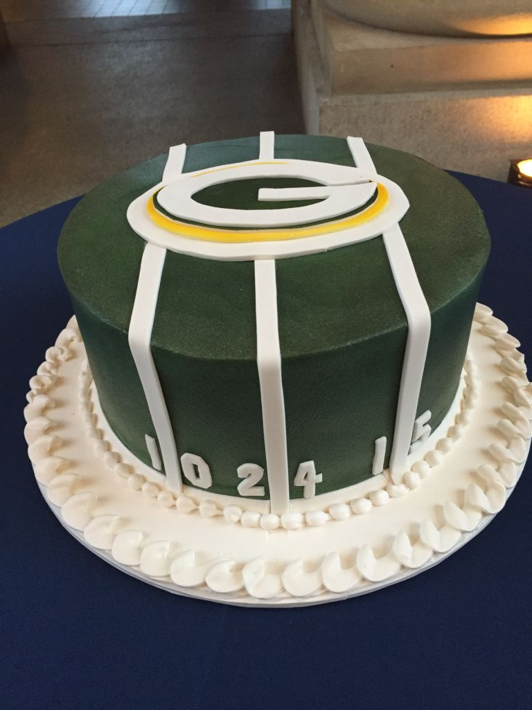 Greenbay Packers Encore Baking Co Packers Cake Birthday Beer Cake Green Bay Packers Cake