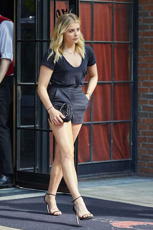 Chloe grace moretz hot out images in nyc may 23 2016 style hair in 2019 chloe grace - Chloe moretz hot images ...