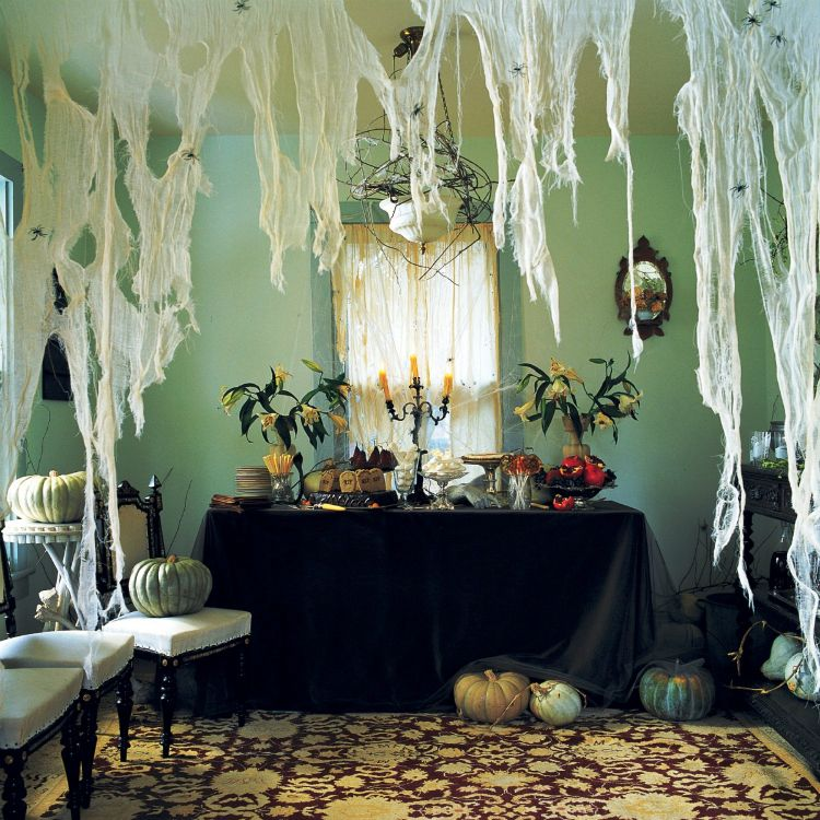 21 Stylish Living Room Halloween Decorations Ideas Halloween house